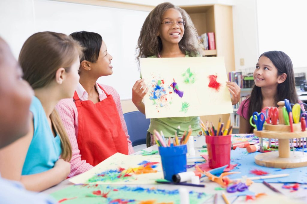 How a childcare software program can help detect developmental delays