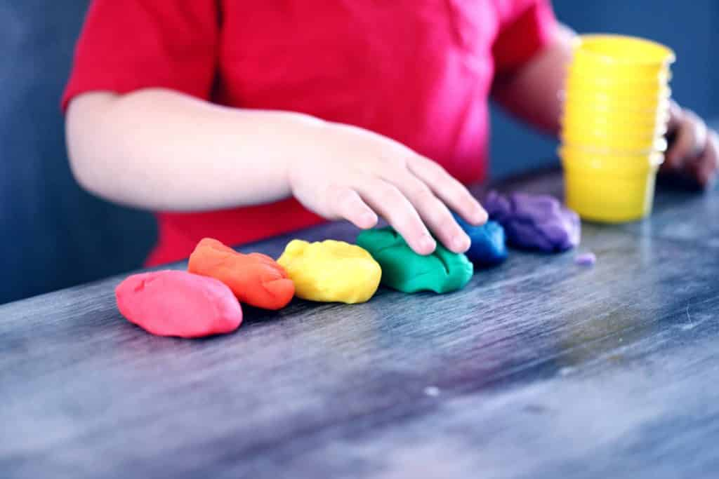 6 ways child care management software resolves your sea of challenges